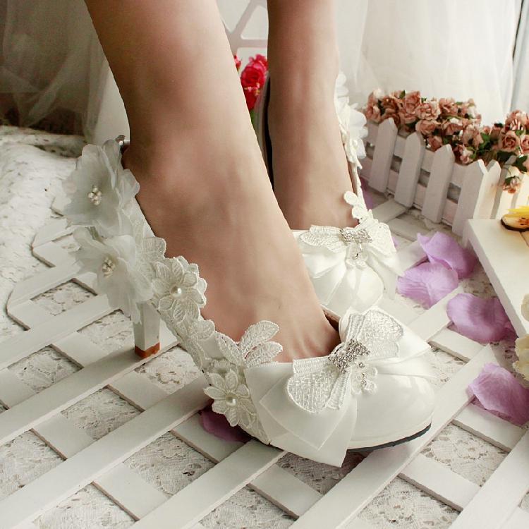 Wedding shoes white wedding shoes bridal shoes silks and satins pearl shoes princess shoes bow elegant formal dress shoes