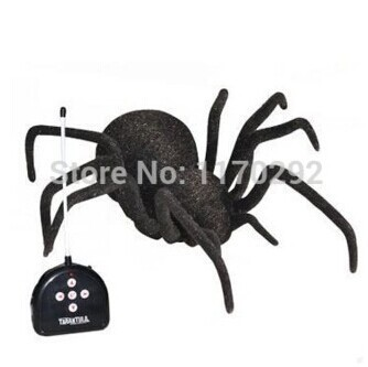 New simulation control spool tarantulas eyes shine in the novel electronic pet electric spider toys for children RC 4ch car(China (Mainland))