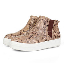 2015 New Fashion Women Snakeskin Boots Leather Platform Shoes Flat Shoes Woman Autumn High Tops Slip On Boots Botas(China (Mainland))