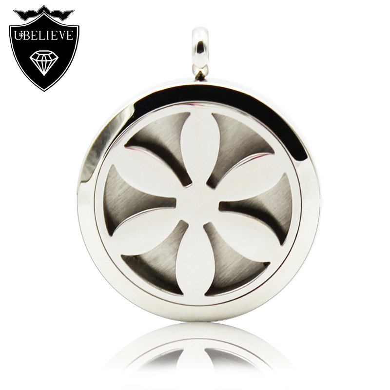 30mm 316L Stainless Steel Aromatherapy Essential Oil Diffuser Locket Perfume Locket Pendant Necklace (Send one chain, felt pads)(China (Mainland))