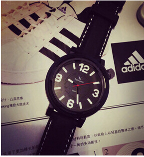 Neutral market retro series watch lovers simple men and women small fresh and high quality(China (Mainland))