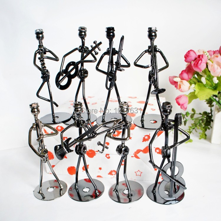 2014 Manufacturers supply compact stylish wrought iron ornaments creative music iron man set eight men from the grant(China (Mainland))
