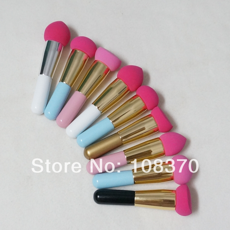 However, the humble makeup brush has been going through many new innovations in recent years. With fewer models using bristles and moving towards a softer makeup sponge like material, makeup brushes can now create a less powdery, more even, natural look. A professional makeup brush set should contain at least 15 different brushes.
