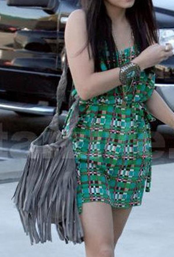 2013 NEW TASSEL CROSS BODY BAG SHOULDER BAG WOMEN MESSENGER BAGS Freeshipping PB098*53(China (Mainland))