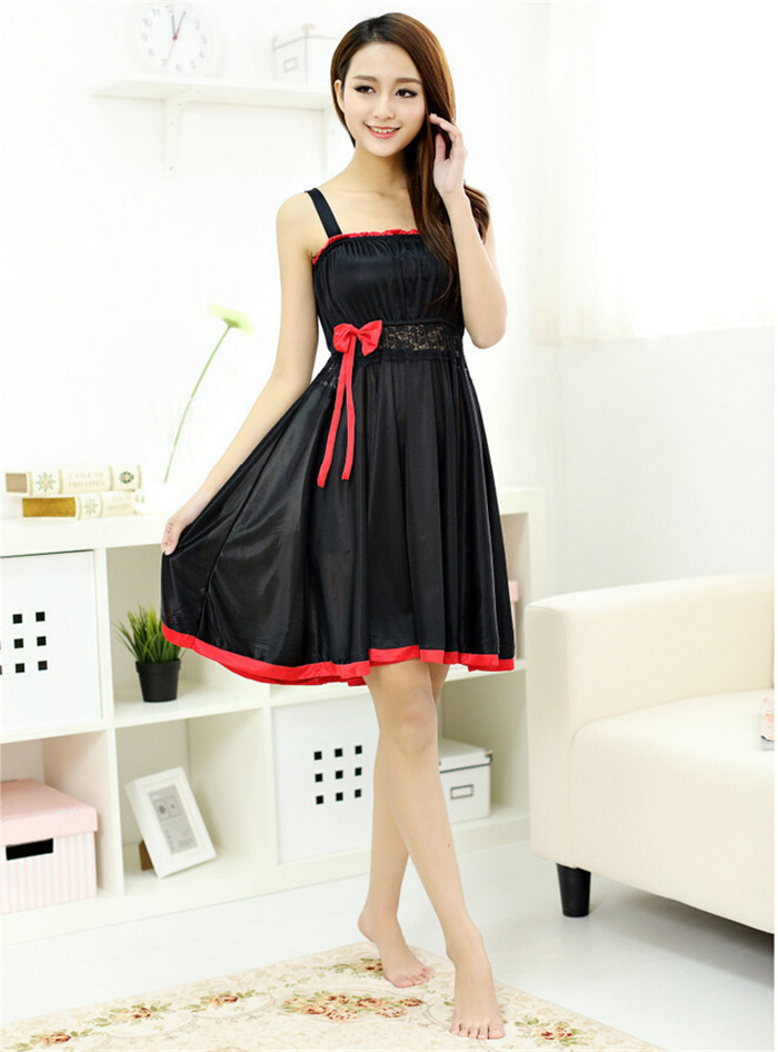 Brilliant  News  Celebrties Most Beautiful Night Dresses Collection For Ladies
