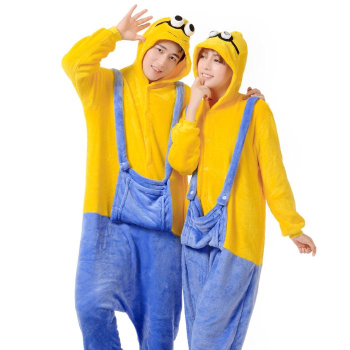achetez en gros minion costume adult en ligne des grossistes minion costume adult chinois. Black Bedroom Furniture Sets. Home Design Ideas