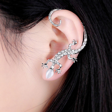 Fashion Rhinestone Ear cuff Earrings,luxury Elegant rose gold exaggerated gecko lizards Stud Earrings(China (Mainland))