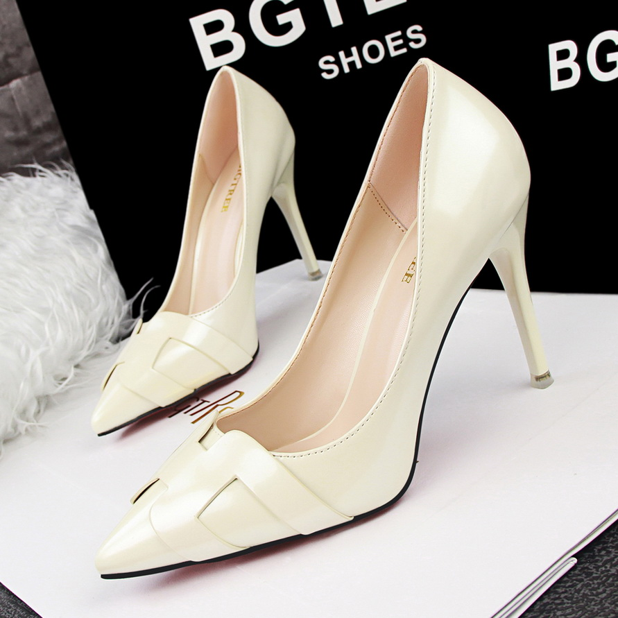 Champagne Dress Shoes Promotion