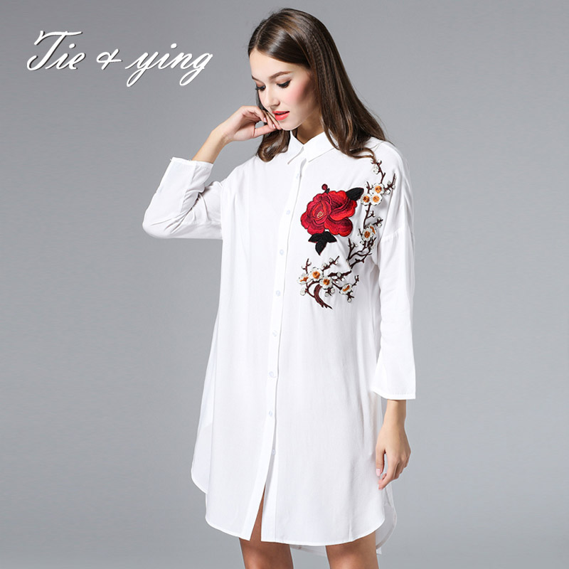 High-end women vintage royal embroidery blouses 2016 spring new European fashion runway lady white cotton loose shirt female(China (Mainland))