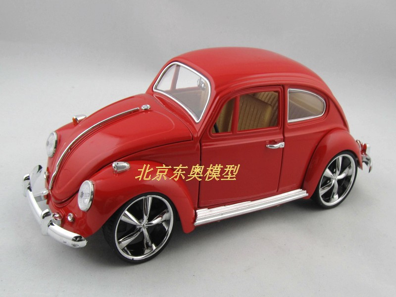 New Volkswagen Beetle Wecker 1:18 Alloy Diecast Model Car Red Toy collection B117b(China (Mainland))