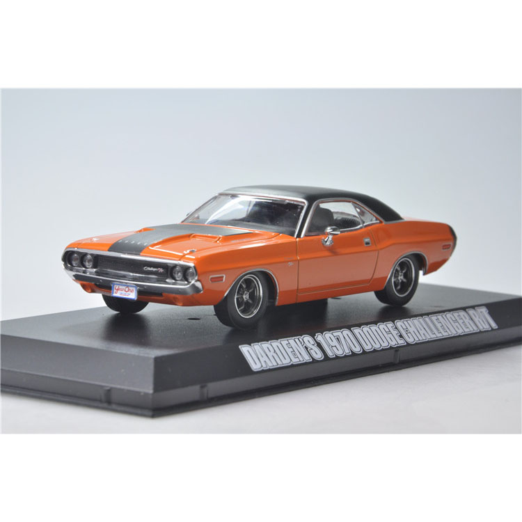 1:43 green Greenlight dodge 1970 challenger Challenger R/T speed and passion.(China (Mainland))