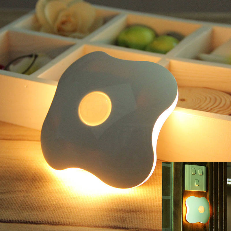 Fetoo Wireless Complex sensor Motion Sensor Ceiling Night Light Four Leaf Clover Style 6LED Lamp poewer by 3*AAA Battery P25(China (Mainland))
