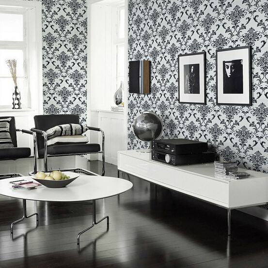 Silver damask glitter wallpaper for Silver wallpaper living room