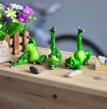 Kawaii Yoga Frogs Figurine Girl's Dream Modern Resin Home Sculpture Miniature Dolls Resin Gifts Animal Home Decoration