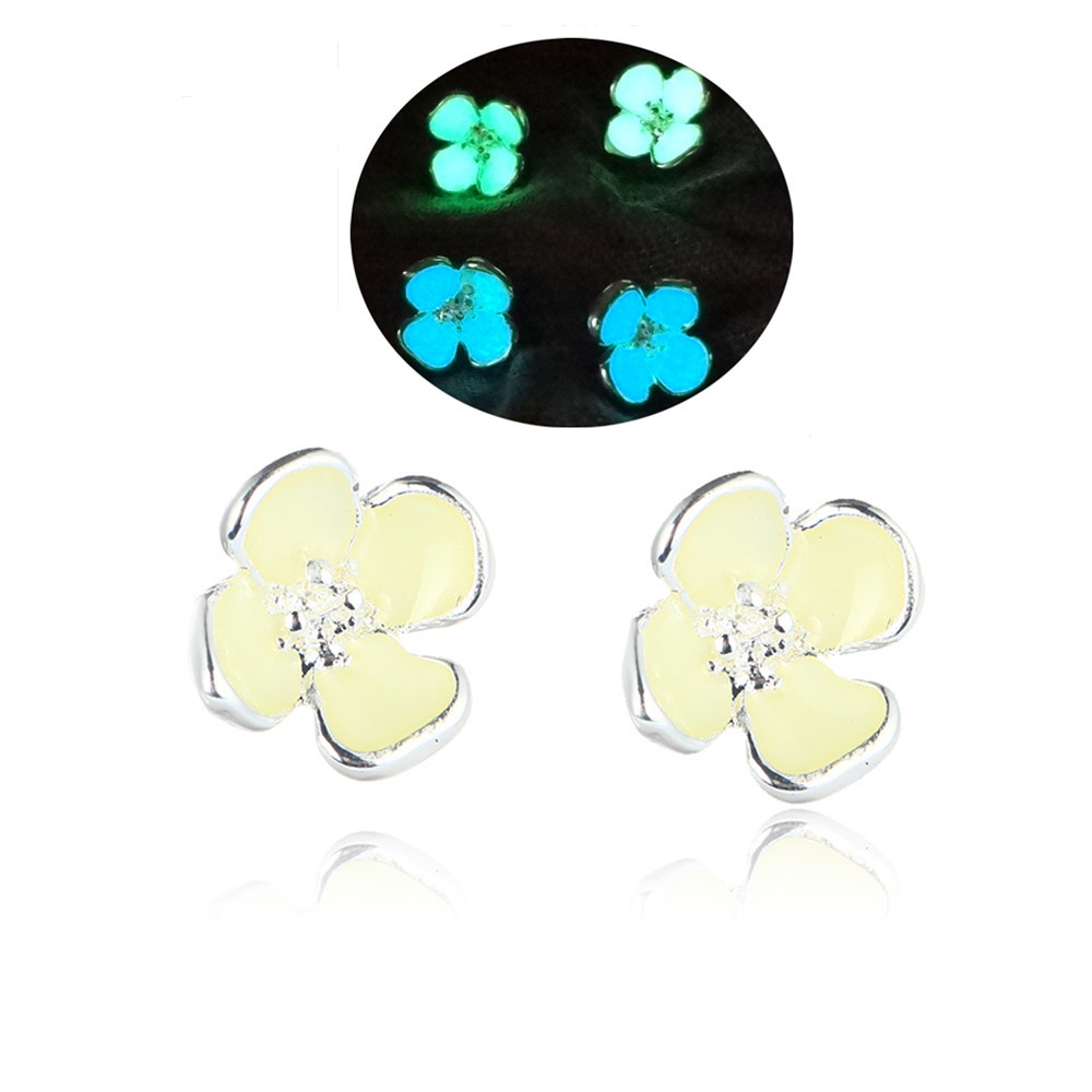 Handmade Glow In The Dark Earrings For Women Cute Flower Glowing Stud Earrings Jewelry Fluorescent Luminous Earrings 2016 Gifts(China (Mainland))