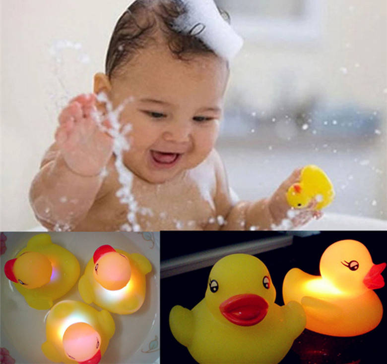 Baby Bath Toys Yellow Rubber Duck Bath Flashing Toy Auto Color Changing Bathroom Toy Multi Color LED Lamp Kid Toys For Children(China (Mainland))