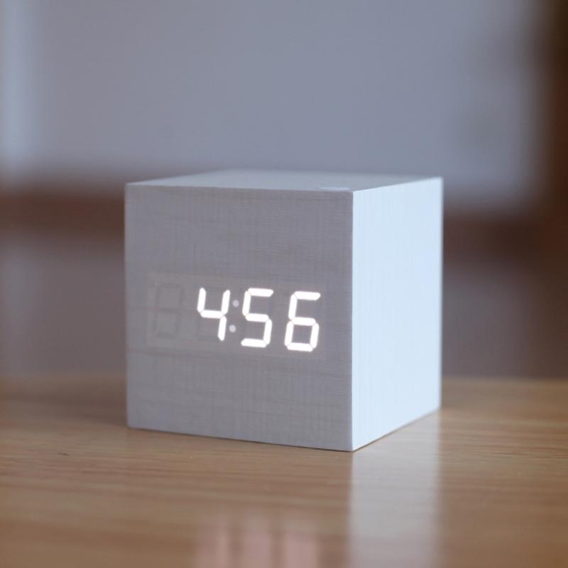 온라인 구매 도매 작은 디지털 책상 시계 중국에서