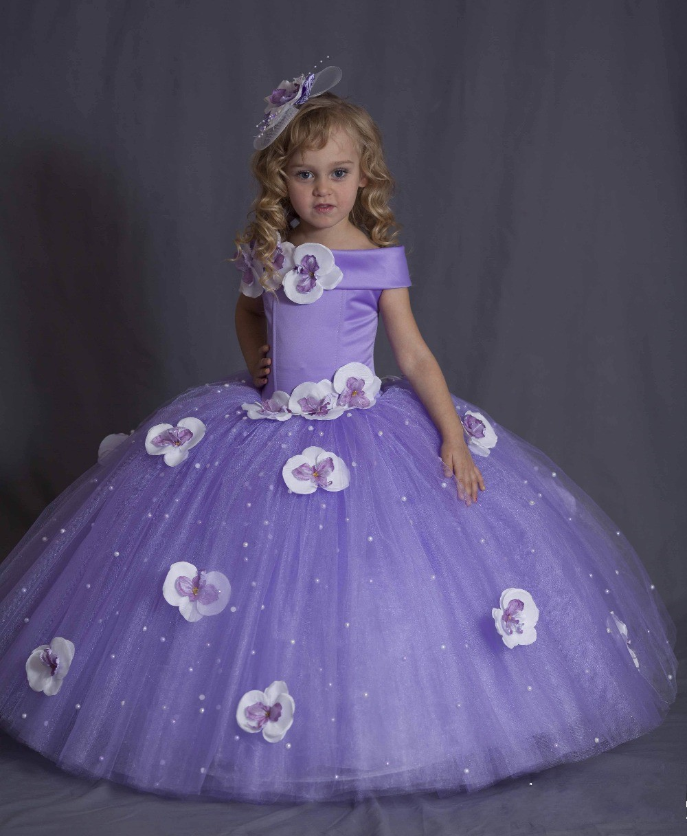 Perfecto Pequeños Vestidos De Niña Para Bodas Baratas Ornamento ...