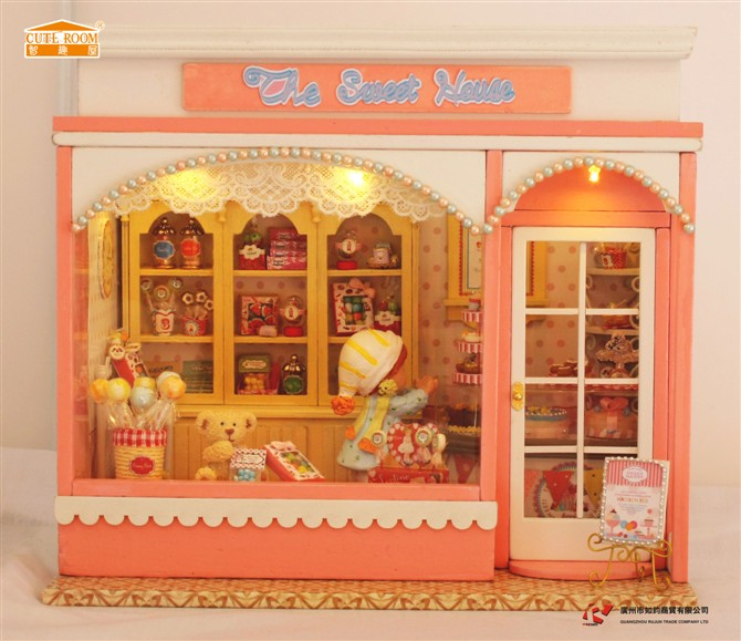 Sweet Home DIY Wood Doll house 3D Miniature Music box+Voice-activated Lights+Furnitures Building model Home&Store deco Adult toy(China (Mainland))