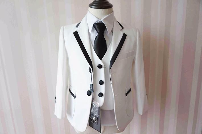 Скидки на Baby Boy Одежда Белый 5 ШТ. Комплект Одежды Формальные Костюмы для 0-2 Т Младенческой Мальчики Рождество Свадьба День Рождения партия Одежды 90212