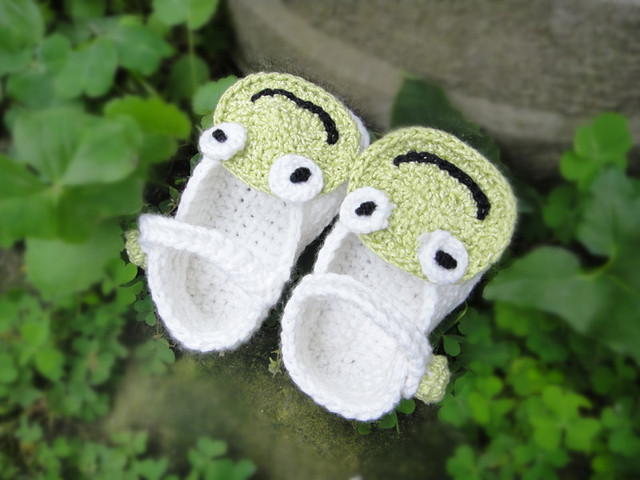 wholesale Handmade Crochet Baby boy Shoes boys infant soft shoes white green frog Newborn Gift Shoes