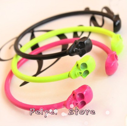 Min Order $10 free shipping Hot new fashion jewelry 2015 candy color fluorescent color punk skull bracelet for women personality(China (Mainland))