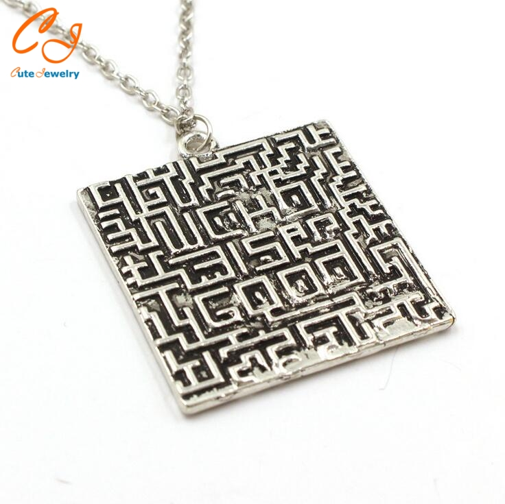 New Arrival Labyrinth Runner Burning Test Cool Silver Pendant Necklace For Men And Women Fashion Gift Movie Jewelry(China (Mainland))