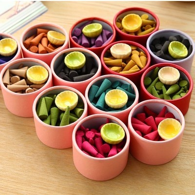 Natural fragrant incense pagoda Perfume suits indoor spices Sandalwood incense cone with tray(about 40 pcs/set)(China (Mainland))