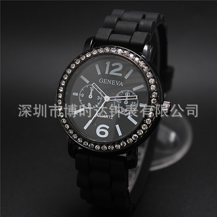 World debut at Geneva GENEVA Black diamonds watches trade in Europe and best selling pop male and female in table 15(China (Mainland))