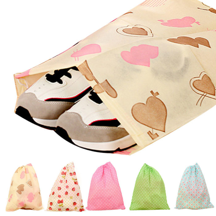 Creative 2015 Useful Non-Woven Fabric Home & Travel Dustproof Shoes Dust Bag(China (Mainland))