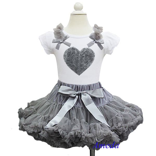 Valentine Girl Rosettes Heart White Short Sleeves Top with Silver Gray Pettiskirt Outfits 2 pcs Set 1-7Y(Hong Kong)