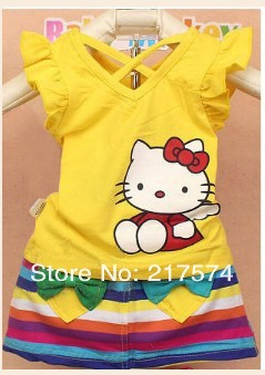 Retail 1pcs 2013 Wholesale Summer Baby Girl Hello Kitty Dress Suit Rainbow Stripe novelty clothing/tshirt+mini skirt 90-130cm(China (Mainland))
