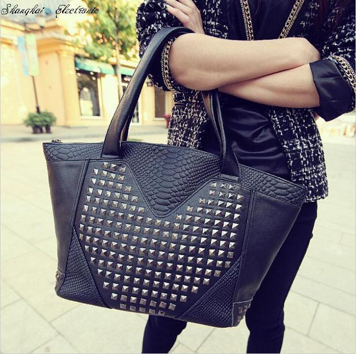 Гаджет  Hot!! crocodile pattern rivet bag shoulder bags women