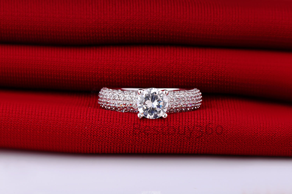 1 Carat 925 Sterling solid Silver NSCD Diamond ring for women wedding Engagement finger ring band anel anillo anneau (BB)(China (Mainland))