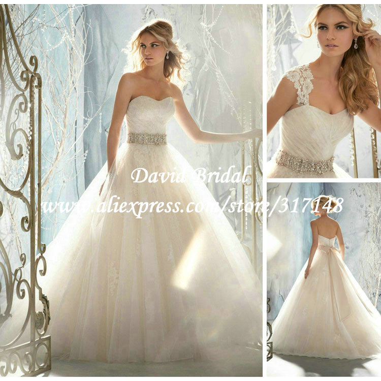 Romantic puffy sweetheart ball gown lace wedding dresses for Lace cap sleeve keyhole back wedding dress