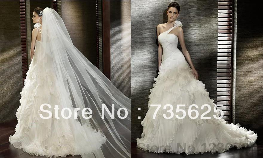 2014 New High-quality Sweet Modern Bride Wedding Dresses Small Tail Wedding Gowns Coustom made(China (Mainland))