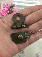 Factory direct antique wooden gift box lock buckle buckle M072
