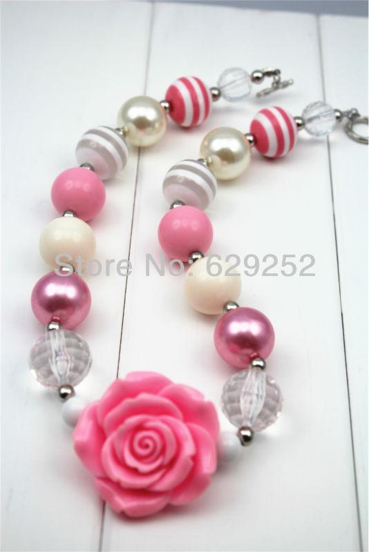 wholesale flower pendant chunky bubblegum necklace