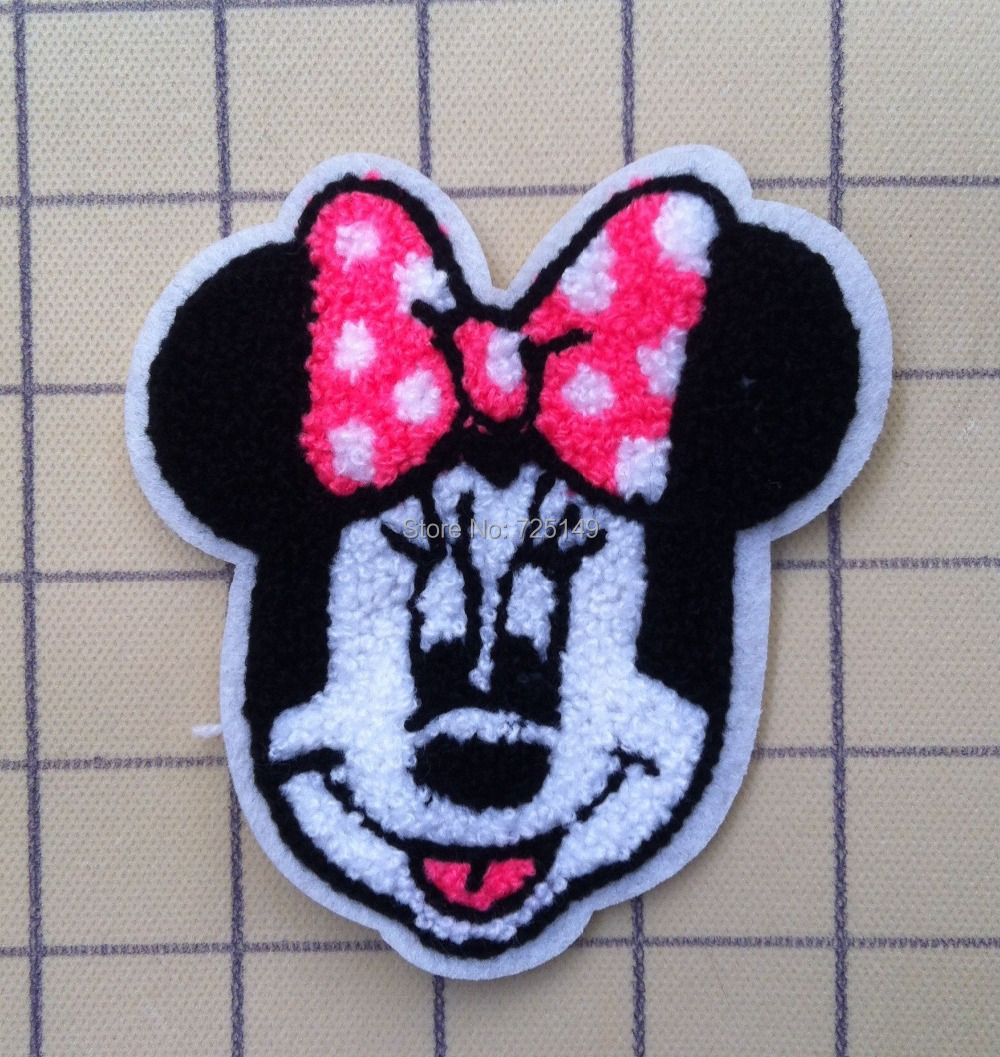 10 pcs Embroidered patch sew- on embroidery DIY accessory Wearing a pink bow cartoon towel embroidery(China (Mainland))