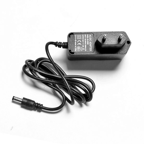 High Quality DC 5.5 x 2.1mm 5V 2A Power Supply adapter adaptor Wall charger 100-240V EU Hot Sale(China (Mainland))