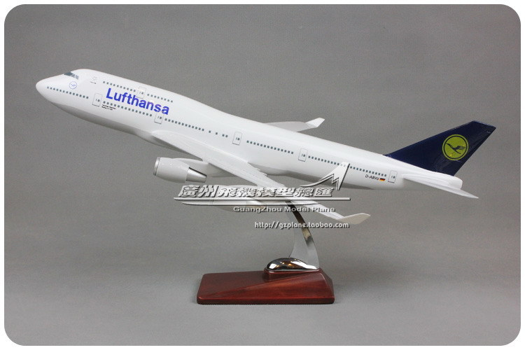 46cm Resin Air Lufthansa Airlines Plane Model Boeing 747 B747 400 D-ABVU Airways Aircraft Airplane Model W Stand Toy Collection(China (Mainland))