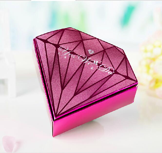 GAGA ! Free shipping PURPLE diamond shaped paper wedding candy box 200 pcs/lot , FEW1A(China (Mainland))