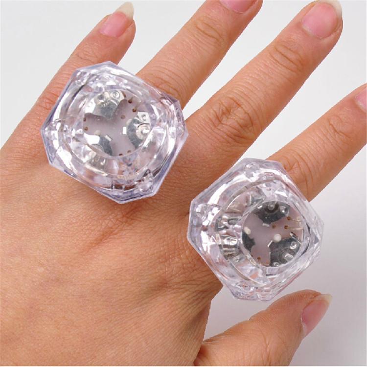 LED Glowing Huge Diamond Finger Ring Novelty Flashing Light up toys for Kids Birthday wedding Decoration party Favors 60PCS(China (Mainland))