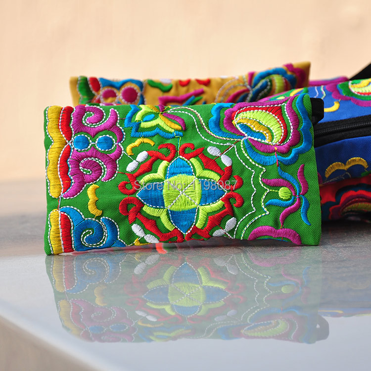 New Chinese Characteristics Bag Ethnic Style Coin Purse Vintage Embroidered Bag Traditional Embroidery Wallet(China (Mainland))