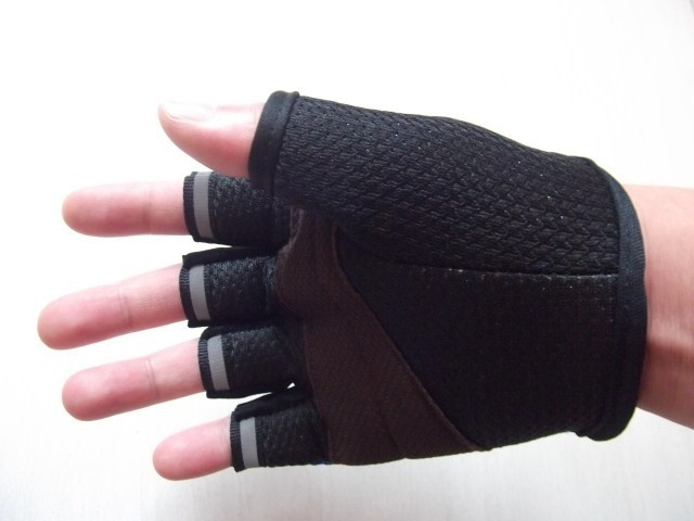Weight Lifting Gloves Workout Body Building Gym Gloves Half Finger Fitness Anti Slip Bar Grips Power