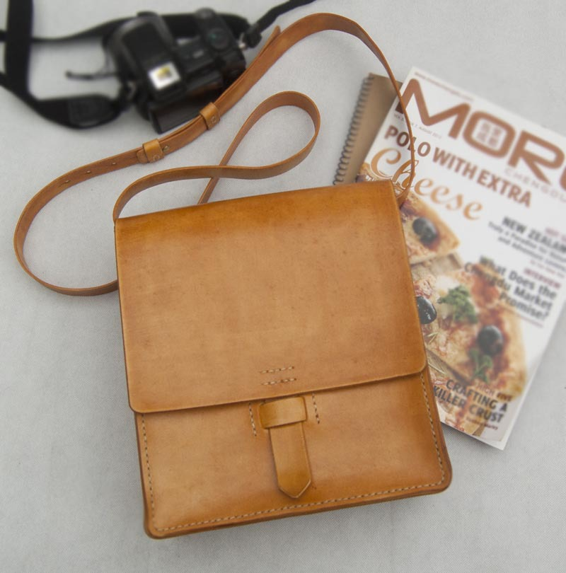 Здесь можно купить  customize handcraft shoulder bag genuine Vegetable tan leather Messenger Vertical bags adjustable strap vintage  Камера и Сумки