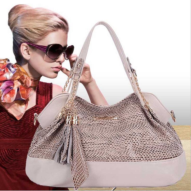 2016 Genuine Leather Handbags Tassel bolsa feminina Women Messenger Bags Fashion Ladies Leather Bag Women Brand Bag Crossbody(China (Mainland))