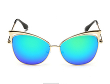 Fashion Women's Gold Retro Sexy Cat Eye Sunglasses Classic Designer Vintage Shades Eyewear Sun Glasses GS641