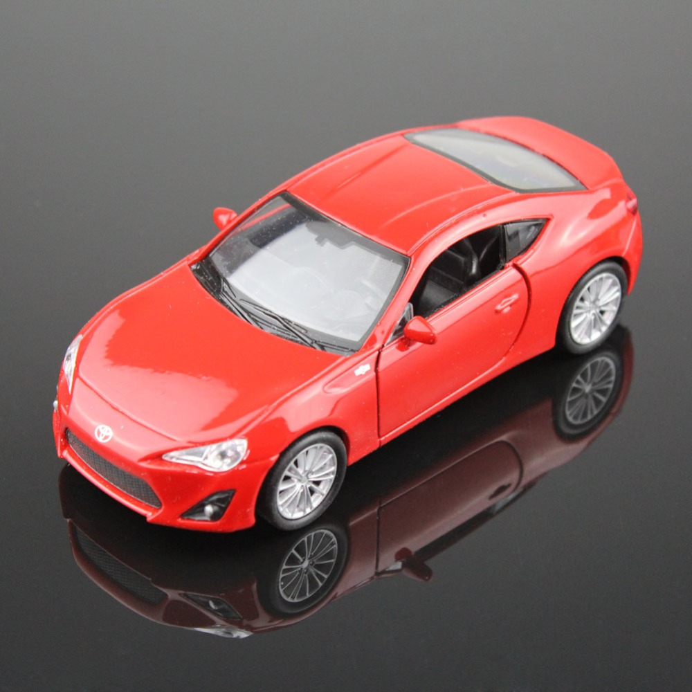 1pc High Quality WELLY 43669CW Toyota 86 1/34-39 Diecast Vehicles Model Car Pull Back Toys for Collection Best Gift(China (Mainland))