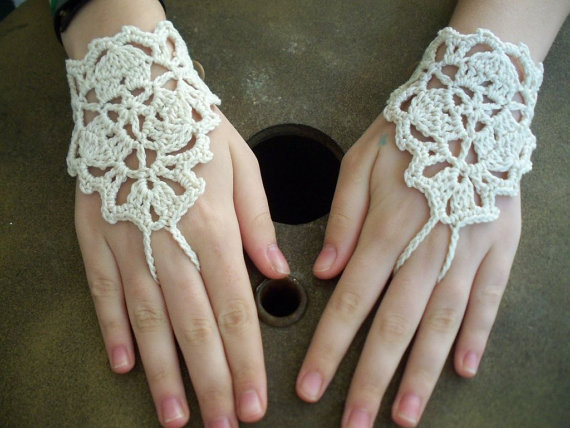 Bridal Wedding Crochet Barefoot sandals, fingless glove, hand jewelry, foot jewelry, Lace heart, Yoga, Bracelet , Dance 2set/lot